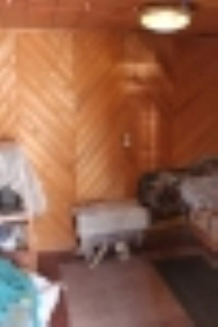 Участок с домиком в д. Кривс